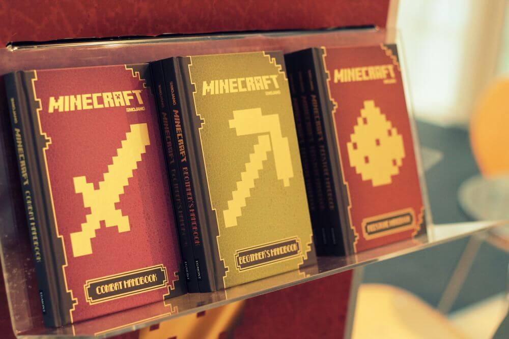 Minecraft findet mit Ratgebern nun auch im Print statt